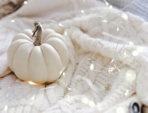 No-Carve Pumpkin Decorating DIYs for Grown-Ups Blog List4